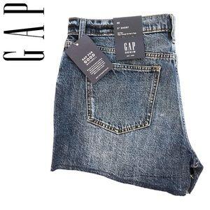 "Gap Distressed 3"" Shorts"